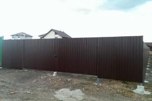 Забор и ворота из профлиста